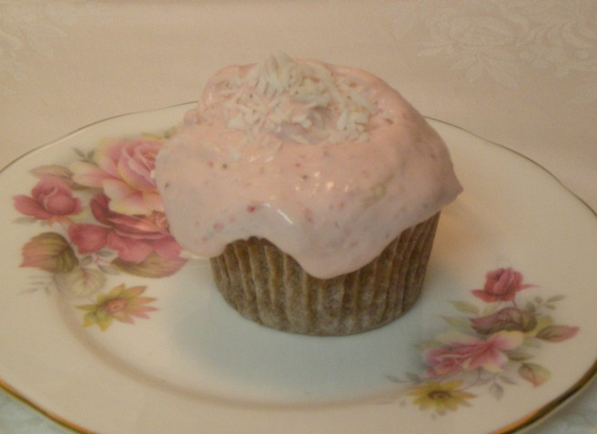 Valentine's Day Cupcakes - Strawberry-Coconut Cream Cupcakes