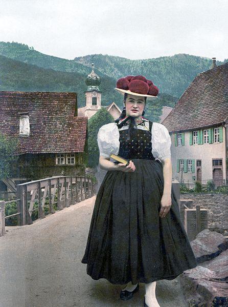 Black Forest Torte (Schwarzwaelder Kirschtorte), 446px-Schwarzwaelderin_in_Tracht_um_1900