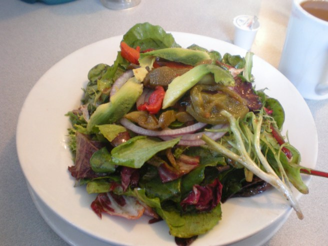 Lunch at Harry's Roadhouse in Santa Fe, NM - Mixed Greens with Roasted Pepper Salad