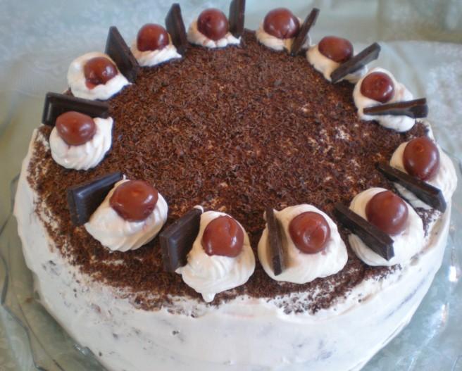 Black Forest Torte (Schwarzwaelder Kirschtorte)