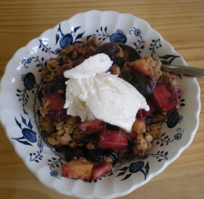 Cherry Apple Crumble