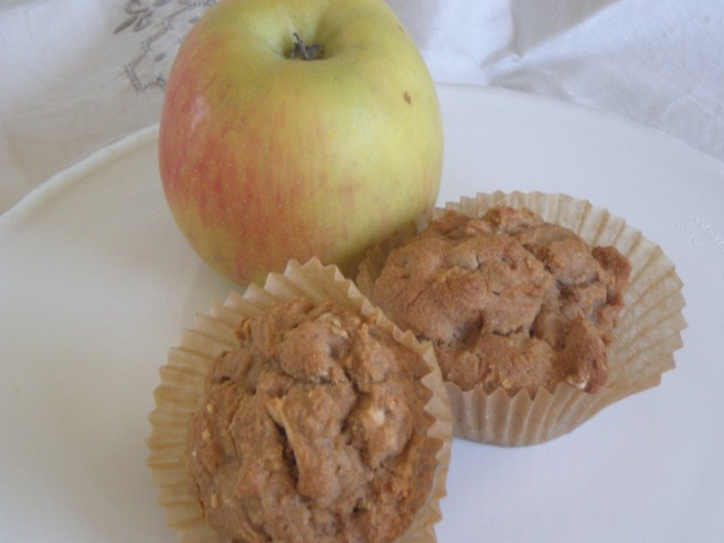 Summertime Apple Pie Muffins