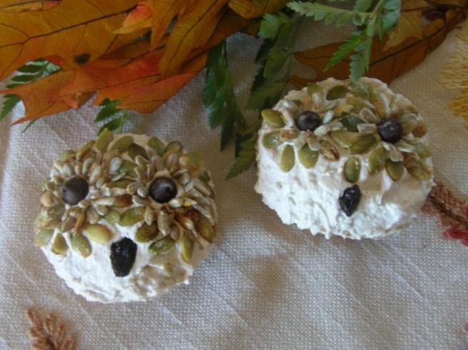 Halloween Cupcakes: Pumpkin Owls and Hedgehogs - Pumpkin Owl Cupcakes