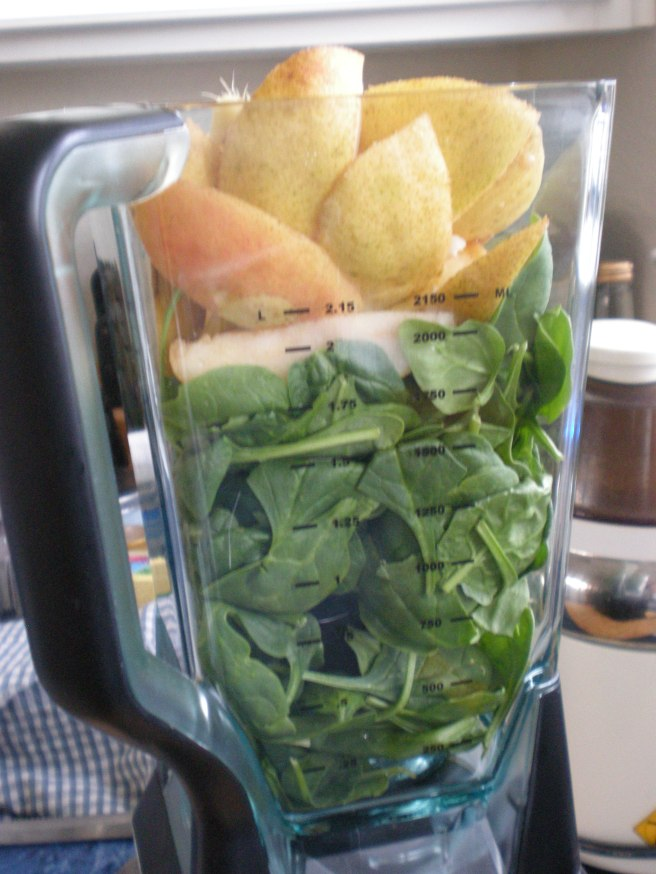 Spinach-Ginger-Pear Smoothie - Green Smoothie Prep,