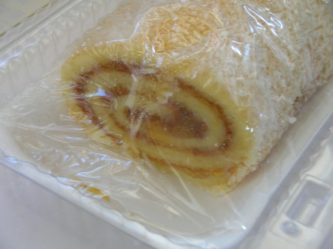 Shabtai Bakery Product Review - Apricot Roll