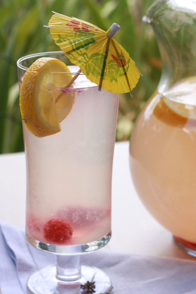 Lavender Lemonade - A delicious and refreshing Summer drink