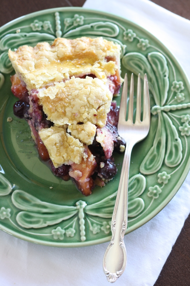 Blueberry-Nectarine Pie - A delicious gluten free alternative