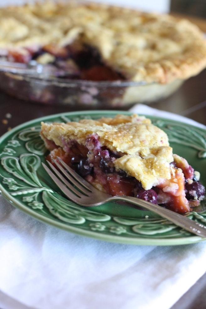 Blueberry-Nectarine Pie - A delicious gluten free pie